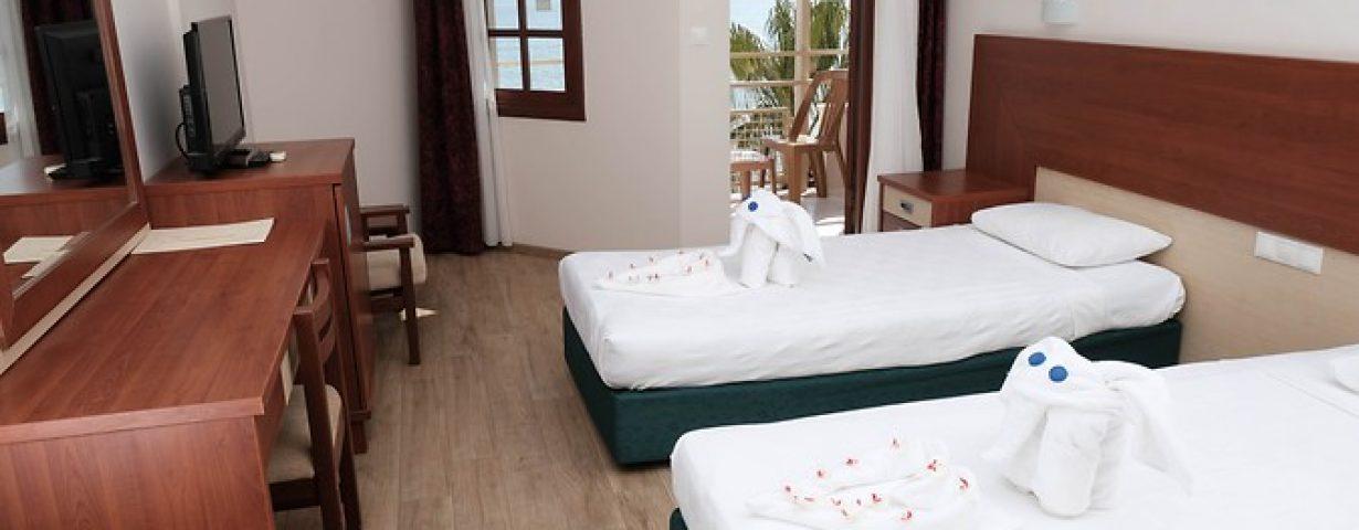 Anitas-Hotel-Oda-277993