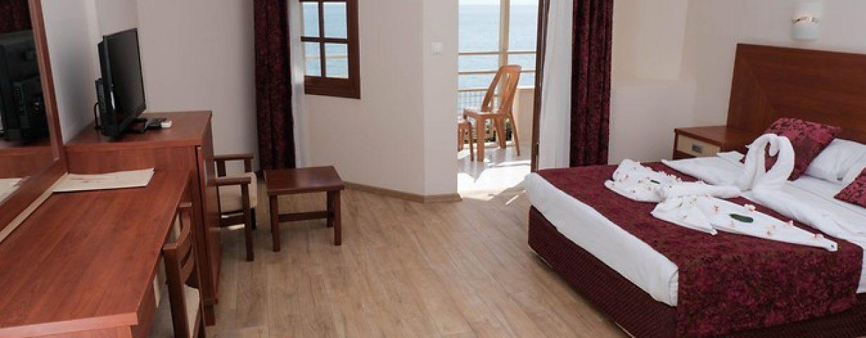 Anitas-Hotel-Oda-277994