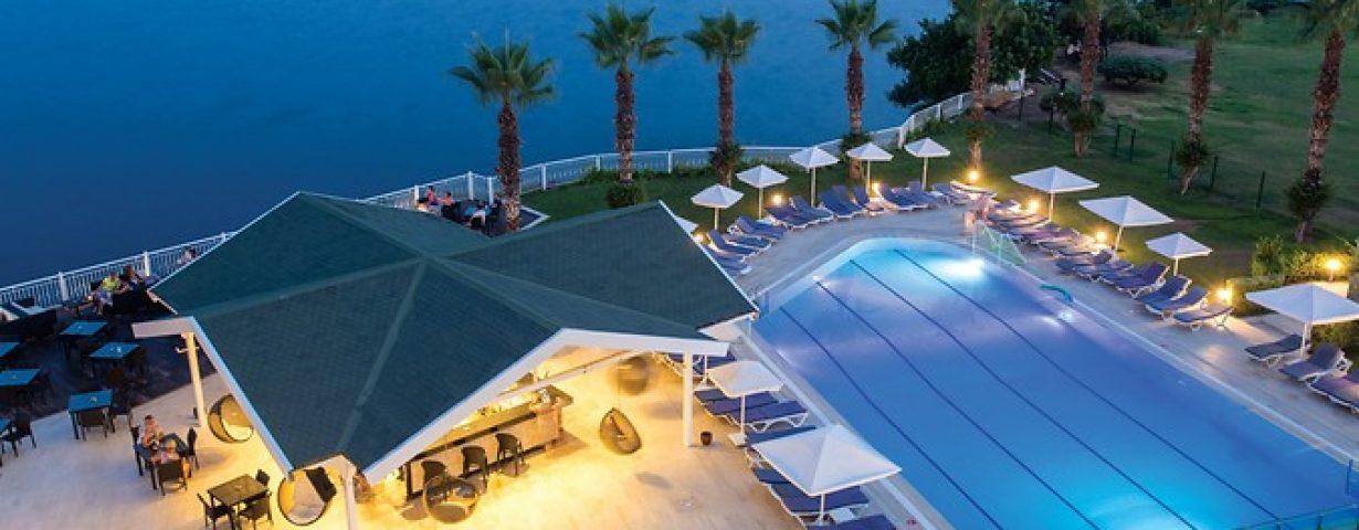 Club-Hotel-Falcon-Genel-141859